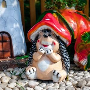 Фигура Ежик в шляпке мухомора