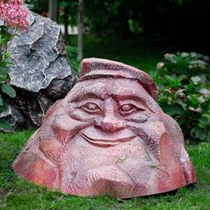 Фигура Камень в кепке
