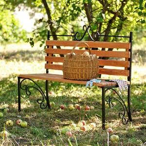 Скамейка с деревом садовая 881-55R